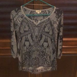 Silky black/gray top size Small